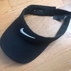 Nike visor